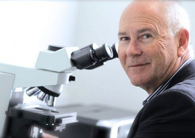 Dr-Rodney-Hannaford-Sky-Blue-Dermatology-3109